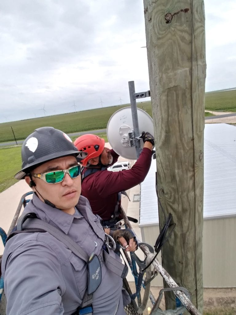 Our crews installing new service in McCook Texas.  Twin is always working hard to ensure the best rural internet service for you across south Texas.